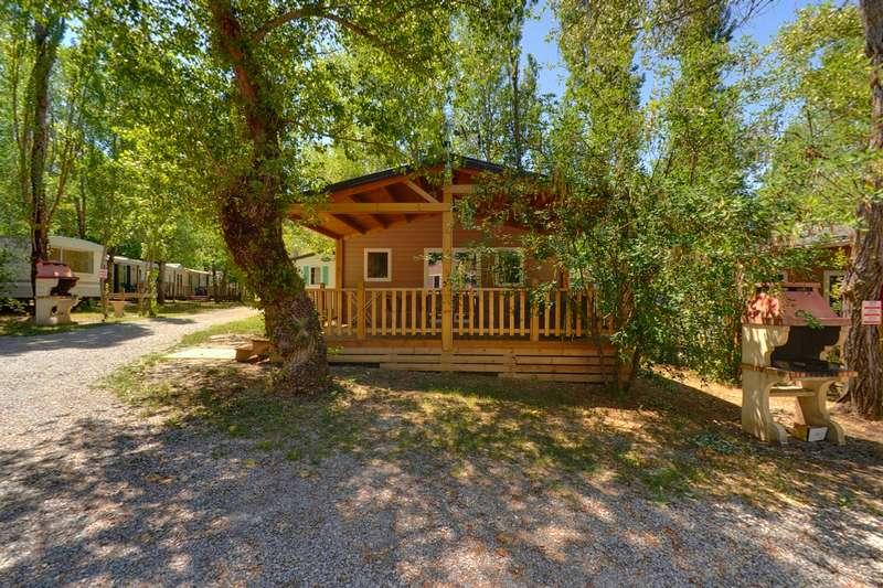 Camping du lac location de mobil home, de chalet et d'emplacement pour vos vacances à la montagne